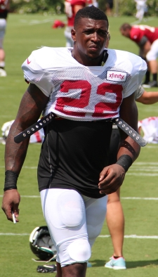 keanu_neal_2016_training_camp.jpg
